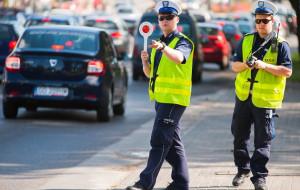 Kamery na policyjnych mundurach będą nagrywać interwencje