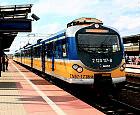Elektryczny pociąg obsługuje Pomorską Kolej Metropolitalną
