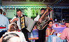 Muzyka na żywo przyciąga gości do restauracji