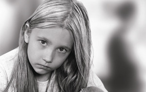 """Z dzieckiem przez rozwód. """"Decyzja jest dorosłych, dzieci są tylko jej bezbronnymi odbiorcami"""""""