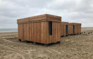 Sauny stanęły na plaży w Sopocie