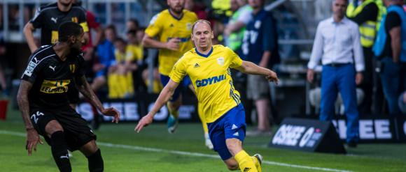 Leszek Ojrzyński wreszcie zdobył Kielce