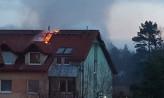 Poranny pożar dachu w domu na Małym Kacku