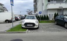 Wybieramy najgorzej zaparkowane auto w 2017 r.