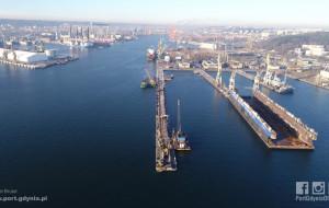 Wzrost przeładunków w Porcie Gdynia. Więcej węgla, ropy i nowa obrotnica