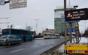 Mobilne znaki pomagają kierowcom ominąć korki