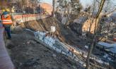 Zniknęły granitowe schody podczas umacniania skarp Biskupiej Górki