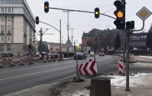 Nowe światła na Podwalu Grodzkim czekają na otwarcie Forum Gdańsk