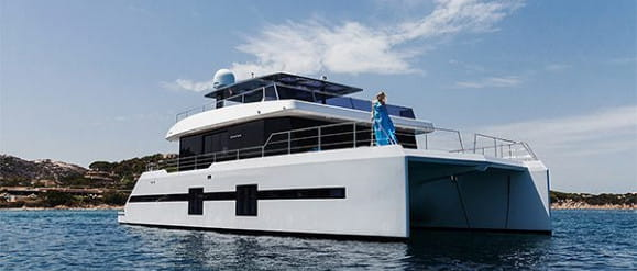 Bursztynowa edycja i podwójna premiera. Sunreef Yachts na targach w Dubaju