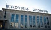 Pobili mężczyznę na peronie w Gdyni