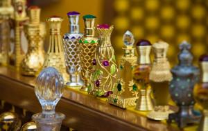 Zapach Orientu. Perfumy ze świata tysiąca i jednej nocy