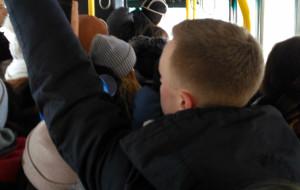 'Poranne kursy linii 283: ścisk i awarie'