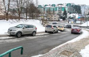 Problemy z parkowaniem na Karwinach