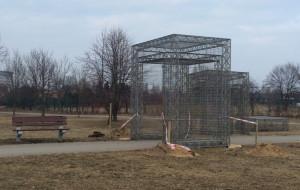 Instalacja w parku zaskoczyła mieszkańców Zaspy