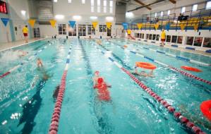 Szkoły z basenami w Trójmieście: gdzie są UKS-y i klasy pływackie?