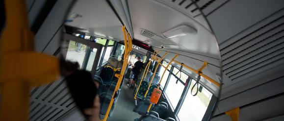 4-latek sam podróżował autobusem. Okazało się, że jego babcia zasłabła