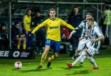 Bilety na finał PP na stadionie w Gdyni. Piłkarze i trener Arki tłumaczą się po porażce z Sandecją