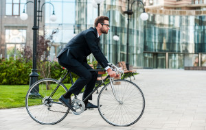 """Do pracy rowerem? """"Niewiele trzeba, by poczuć się dobrze"""""""