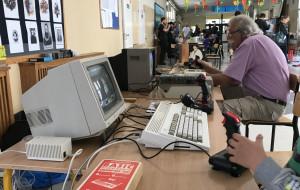 Atari, Commodore, winyle i kasety na retro giełdzie