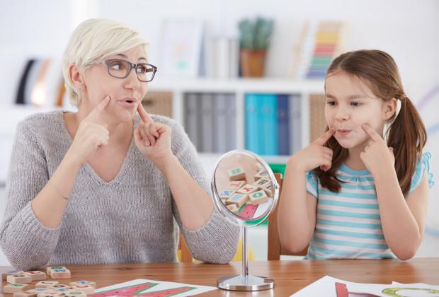 Lepszy dostęp do logopedy w przedszkolu, ale kosztem starszych uczniów