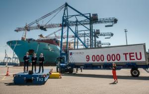 DCT. 9-milionowy kontener i T3 na zatoce