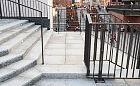 Utrudniony dostęp do przystanków przez Forum Gdańsk