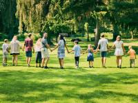"""Rodzice zastępczy: Trudno się nie przywiązać. Ta """"praca"""" to nasze życie"""