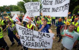 Załoga PG Eksploatacja ma dość. Manifestacja w Porcie Gdańsk