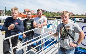 Załoga tramwaju wodnego uratowała tonącego w Motławie