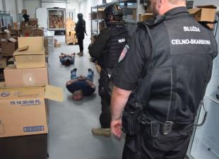 Nielegalny eksport leków wartych 10 mln zł