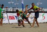Pięściarka patronowała turniejowi rugby na plaży