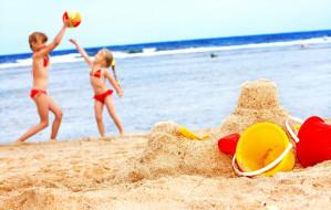 Pokaz na wodzie, teatr na plaży czy skarby morza. Planujemy rodzinny weekend