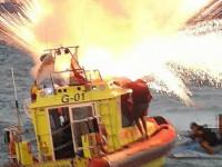 Odpalali fajerwerki z łodzi ratunkowej WOPR