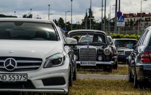 Zlot Mercedesów przy gdańskim stadionie