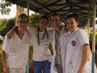Studenci GUMedu w Kenii uczą obsługi EKG