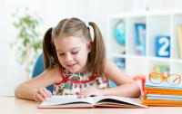Język obcy dla dziecka. Jak uczyć małego poliglotę?