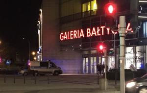 Biegał z maczetą po Galerii Bałtyckiej