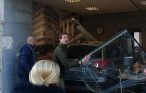 Samochód wjechał w biuro w Gdyni