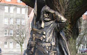 Książę Kaszubów na pomniku