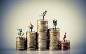 Pensje w Polsce ponad pół wieku za średnią unijną