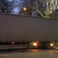 Kierowca ciężarówki niszczył znaki w centrum Gdyni