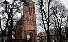 Spękania w kościele św. Bartłomieja w Gdańsku