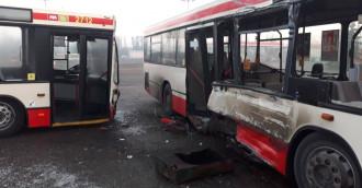 Kolizja autobusów w zajezdni GAiT