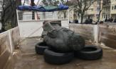 Zablokowana wywózka pomnika ks. Jankowskiego