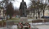 Pomnik ks. Jankowskiego wrócił na miejsce