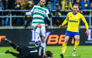 42. derby Arka Gdynia - Lechia Gdańsk. Pavels Steinbors kontra Flavio Paixao