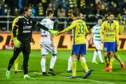 PZPN, FIFA i Ekstraklasa apelowały o wymianę murawy w Gdyni