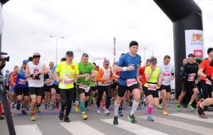 Aktywny weekend: Maraton, spacery, fitness i rowerowe wyścigi