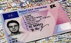 Jechał bez uprawnień, udawał że jest Czechem
