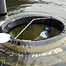 Pływająca śmieciarka w gdańskiej marinie